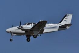 kumagorouさんが、仙台空港で撮影した航空大学校 Baron G58の航空フォト(飛行機 写真・画像)