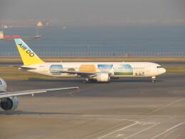 AIR DO Boeing 767-300 (JA01HD)  航空フォト | by kahluamilkさん  撮影2005年11月24日%s