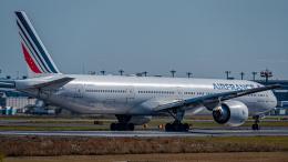 Muroiさんが、成田国際空港で撮影したエールフランス航空 777-328/ERの航空フォト(飛行機 写真・画像)