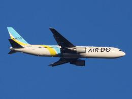 丸めがねさんが、羽田空港で撮影したAIR DO 767-33A/ERの航空フォト(飛行機 写真・画像)
