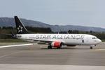 kinsanさんが、ベルゲン空港で撮影したスカンジナビア航空 737-883の航空フォト(写真)