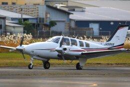 khideさんが、八尾空港で撮影した朝日航空 Baron G58の航空フォト(飛行機 写真・画像)