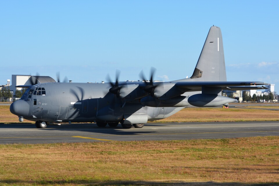 デルタおA330さんのアメリカ空軍 Lockheed Martin C-130 Hercules (11-5737) 航空フォト