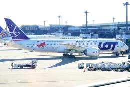 SFJ_capさんが、成田国際空港で撮影したLOTポーランド航空 787-8 Dreamlinerの航空フォト(飛行機 写真・画像)