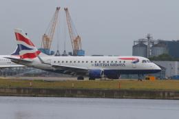 かみじょー。さんが、ロンドン・シティ空港で撮影したBAシティフライヤー ERJ-170-100 (ERJ-170STD)の航空フォト(飛行機 写真・画像)