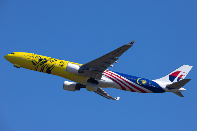 SGR RT 改さんが、成田国際空港で撮影したマレーシア航空 A330-323Xの航空フォト(飛行機 写真・画像)