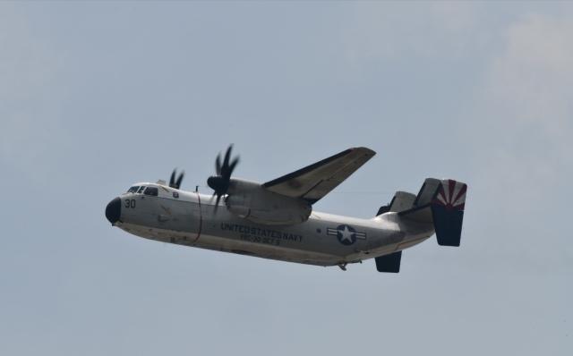 パラノイアさんが、岩国空港で撮影したアメリカ海軍 C-2A Greyhoundの航空フォト(飛行機 写真・画像)