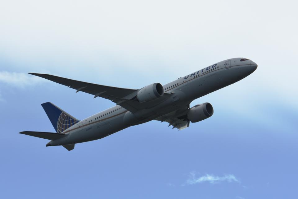 gucciyさんのユナイテッド航空 Boeing 787-9 (N38955) 航空フォト