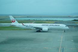 FRTさんが、那覇空港で撮影した日本航空 A350-941の航空フォト(飛行機 写真・画像)