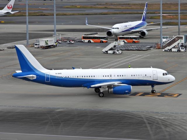チャレンジャーさんが、羽田空港で撮影した金鹿航空 A320-232 CJ Prestigeの航空フォト(飛行機 写真・画像)