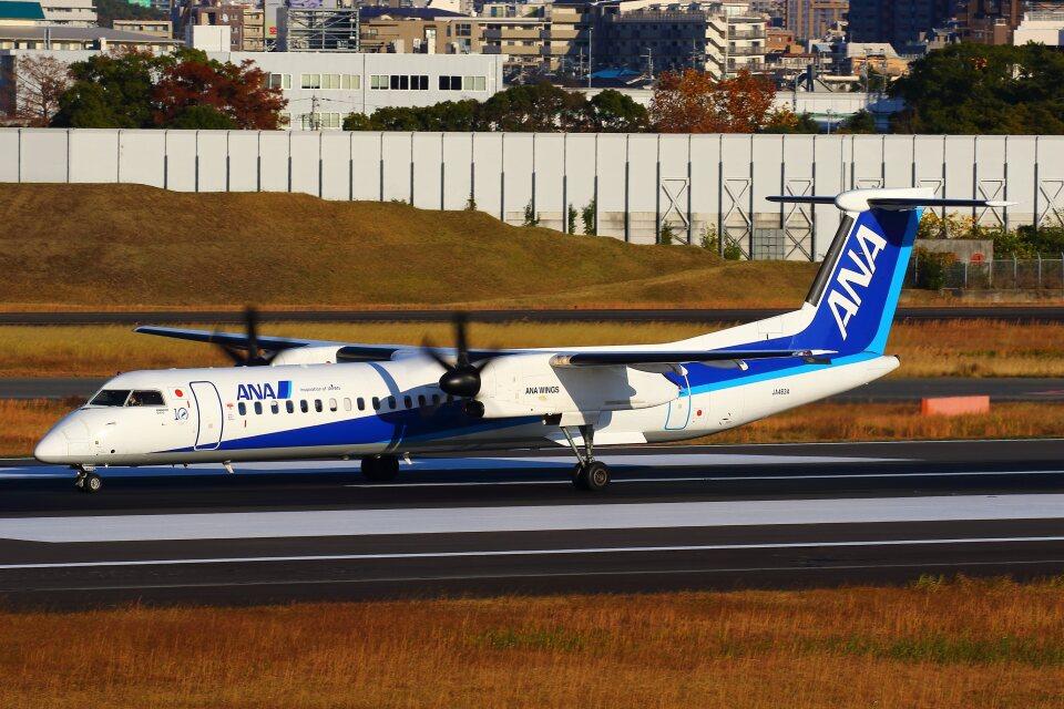 khideさんのANAウイングス Bombardier DHC-8-400 (JA463A) 航空フォト