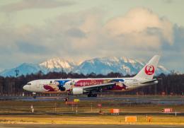 Cygnus00さんが、新千歳空港で撮影した日本航空 767-346/ERの航空フォト(飛行機 写真・画像)