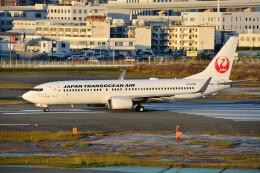 T.Sazenさんが、福岡空港で撮影した日本トランスオーシャン航空 737-846の航空フォト(飛行機 写真・画像)