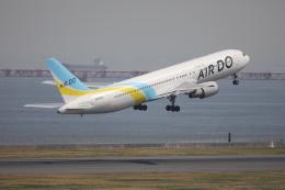 mahiちゃんさんが、羽田空港で撮影したAIR DO 767-33A/ERの航空フォト(飛行機 写真・画像)