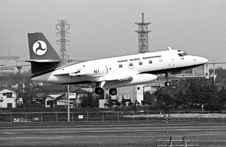 A-330さんの連邦航空局 (N1) 航空フォト