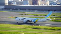 JPN AIRWAYSさんが、羽田空港で撮影したAIR DO 767-33A/ERの航空フォト(飛行機 写真・画像)