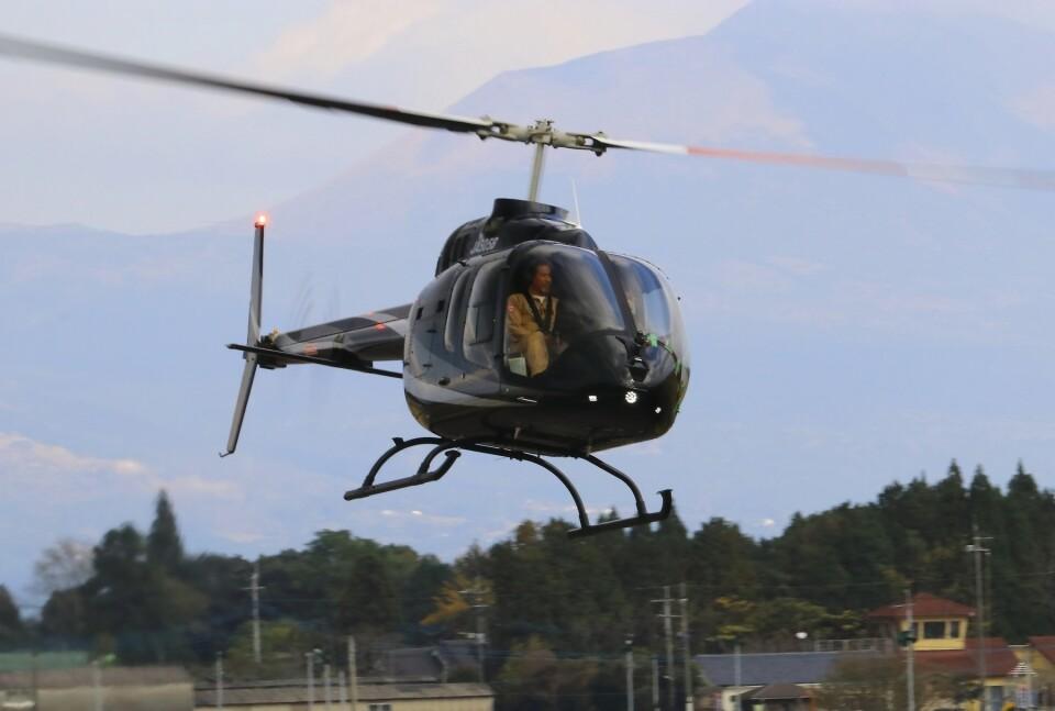 EosR2さんのセコインターナショナル Bell 505 (JA505B) 航空フォト