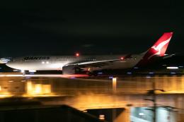 じゃがさんが、成田国際空港で撮影したカンタス航空 A330-303の航空フォト(飛行機 写真・画像)
