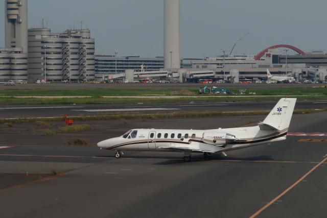 B707Aさんが、羽田空港で撮影した日本エアロスペース 560 Citation Vの航空フォト(飛行機 写真・画像)