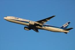 水月さんが、伊丹空港で撮影した全日空 777-381の航空フォト(飛行機 写真・画像)