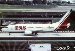 tassさんが、パリ オルリー空港で撮影したEAS ヨーロッパ エアラインズ 737-33Aの航空フォト(飛行機 写真・画像)