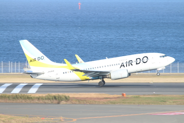 ceskykrumlovさんが、羽田空港で撮影したAIR DO 737-781の航空フォト(飛行機 写真・画像)