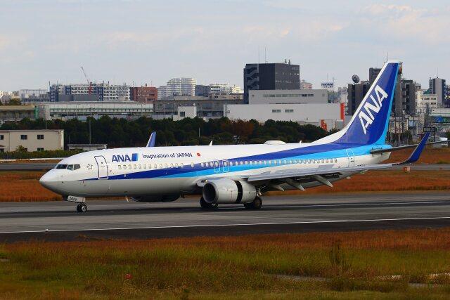 khideさんが、伊丹空港で撮影した全日空 737-881の航空フォト(飛行機 写真・画像)