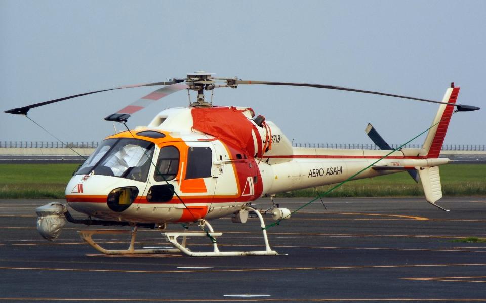 asuto_fさんの朝日航洋 Aerospatiale AS355 Ecureuil 2/TwinStar (JA6718) 航空フォト