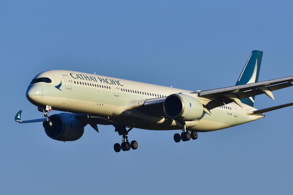 パンダさんのキャセイパシフィック航空 Airbus A350-900 (B-LRM) 航空フォト