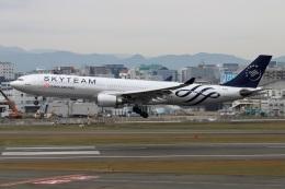 kan787allさんが、福岡空港で撮影したチャイナエアライン A330-302の航空フォト(飛行機 写真・画像)