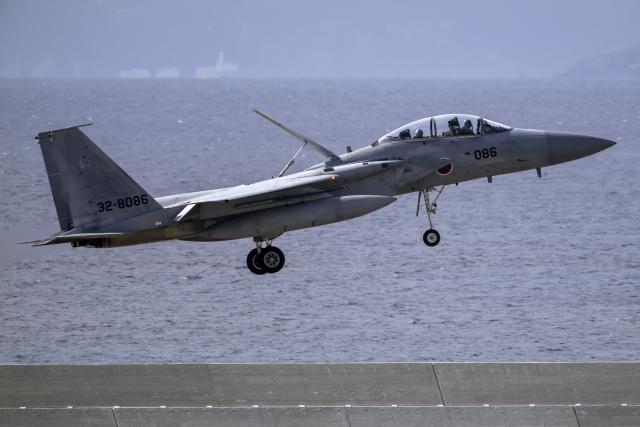 K.Sさんが、那覇空港で撮影した航空自衛隊 F-15DJ Eagleの航空フォト(飛行機 写真・画像)