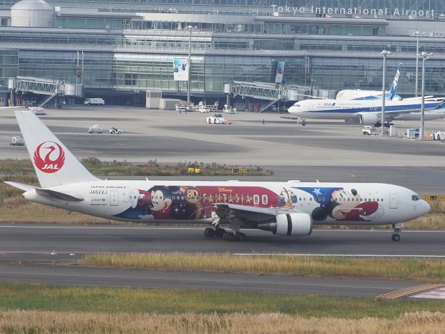 ayabehomaさんが、羽田空港で撮影した日本航空 767-346/ERの航空フォト(飛行機 写真・画像)