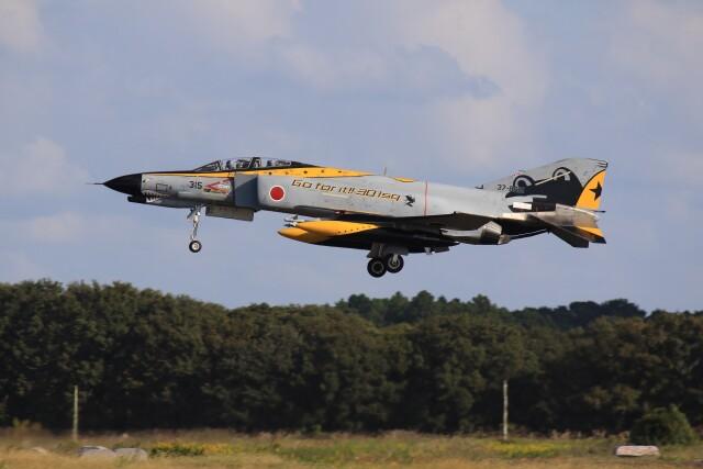 メンチカツさんが、茨城空港で撮影した航空自衛隊 F-4EJ Kai Phantom IIの航空フォト(飛行機 写真・画像)