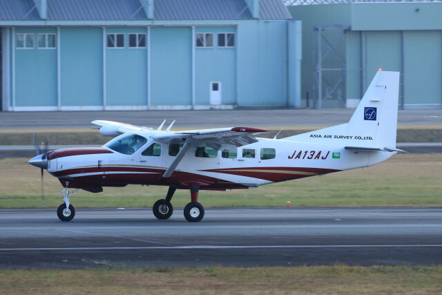 kengo.k@RJFTさんが、熊本空港で撮影したアジア航測 208 Caravan Iの航空フォト(飛行機 写真・画像)
