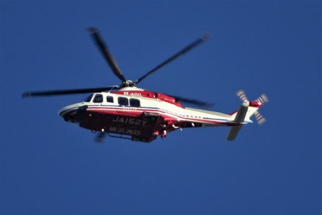 レドームさんが、羽田空港で撮影した横浜市消防航空隊 AW139の航空フォト(飛行機 写真・画像)