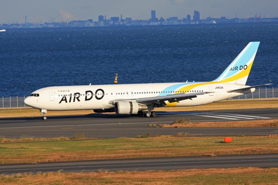 tsubameさんのAIR DO Boeing 767-300 (JA613A) 航空フォト
