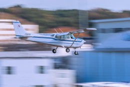 NCT310さんが、調布飛行場で撮影した朝日航空 172P Skyhawkの航空フォト(飛行機 写真・画像)
