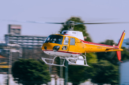 NCT310さんが、調布飛行場で撮影した東邦航空 AS350B Ecureuilの航空フォト(飛行機 写真・画像)