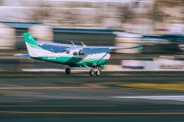 NCT310さんが、調布飛行場で撮影した共立航空撮影 T206H Turbo Stationairの航空フォト(飛行機 写真・画像)