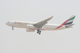 NIKEさんが、ドバイ国際空港で撮影したエミレーツ航空 A330-243の航空フォト(飛行機 写真・画像)