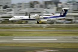 planetさんが、福岡空港で撮影したANAウイングス DHC-8-402Q Dash 8の航空フォト(飛行機 写真・画像)