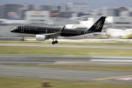 planetさんが、福岡空港で撮影したスターフライヤー A320-214の航空フォト(飛行機 写真・画像)