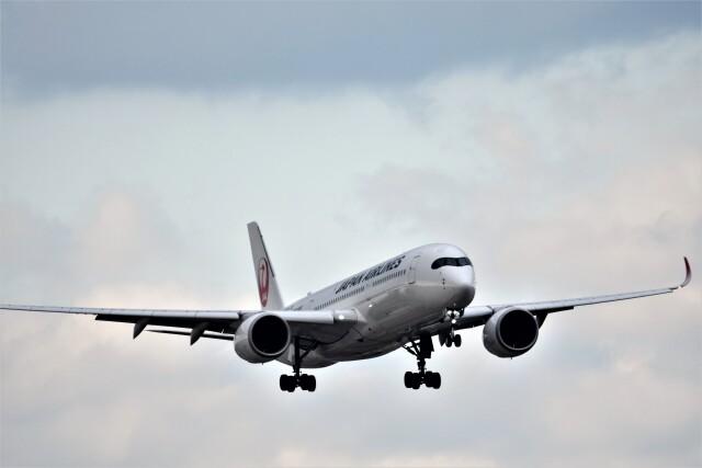 MSN/PFさんが、福岡空港で撮影した日本航空 A350-941の航空フォト(飛行機 写真・画像)