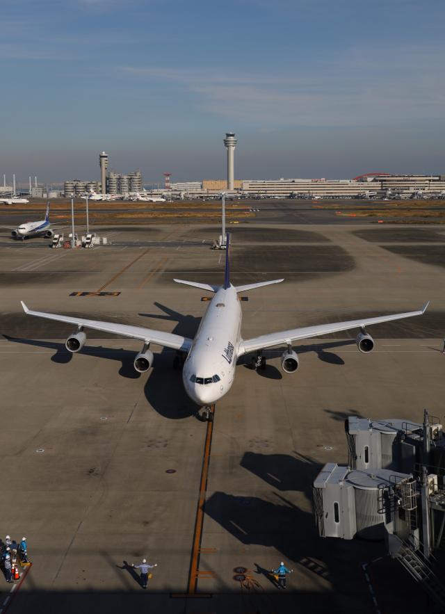 多摩川崎2Kさんが、羽田空港で撮影したルフトハンザドイツ航空 A340-313Xの航空フォト(飛行機 写真・画像)