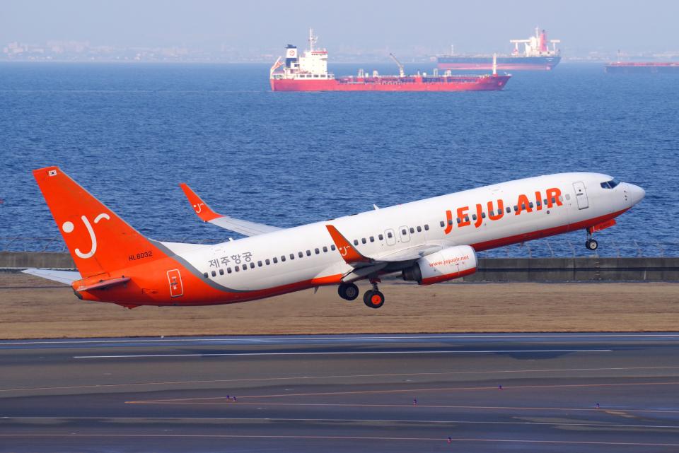 yabyanさんのチェジュ航空 Boeing 737-800 (HL8032) 航空フォト