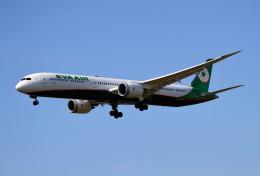 MOHICANさんが、福岡空港で撮影したエバー航空 787-10の航空フォト(飛行機 写真・画像)