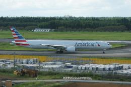 神宮寺ももさんが、成田国際空港で撮影したアメリカン航空 777-323/ERの航空フォト(飛行機 写真・画像)