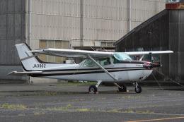 神宮寺ももさんが、龍ケ崎飛行場で撮影した新中央航空 172P Skyhawk IIの航空フォト(飛行機 写真・画像)