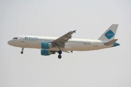 NIKEさんが、ドバイ国際空港で撮影したジャジーラ・エアウェイズ A320-214の航空フォト(飛行機 写真・画像)