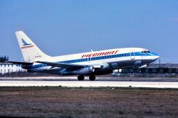 パール大山さんが、マイアミ国際空港で撮影したピードモント航空 737-201の航空フォト(飛行機 写真・画像)